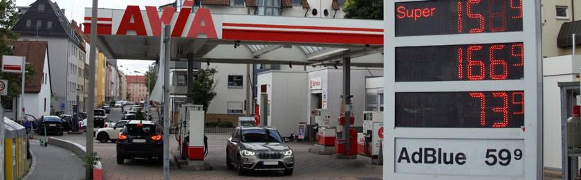 CO2-Preis auf Kraftstoffe belastet ärmere Haushalte vermehrt 1