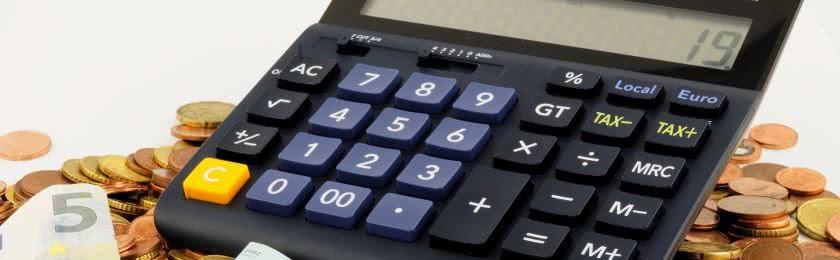 Taschenrechner am Steuer verboten? 1