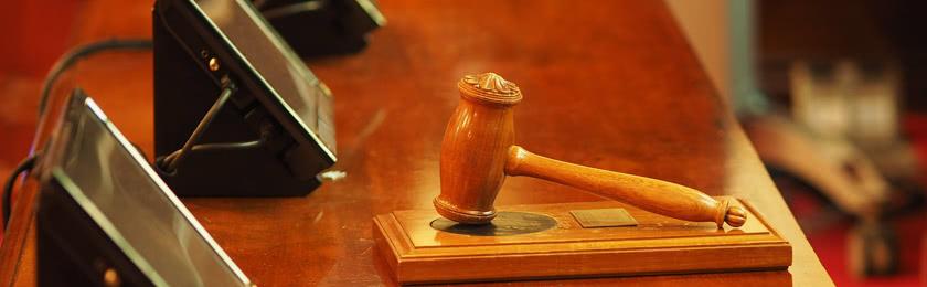 Zu welchem Zeitpunkt erhält man bei einem Bußgeldverfahren eine Ladung vor Gericht?